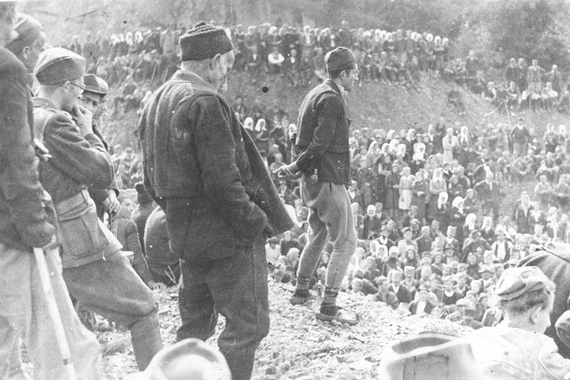Топола, 1944. година