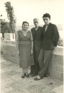 Валеријан са супругом и сином